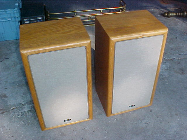 basel audio lab pictures of classic speaker collection. Black Bedroom Furniture Sets. Home Design Ideas